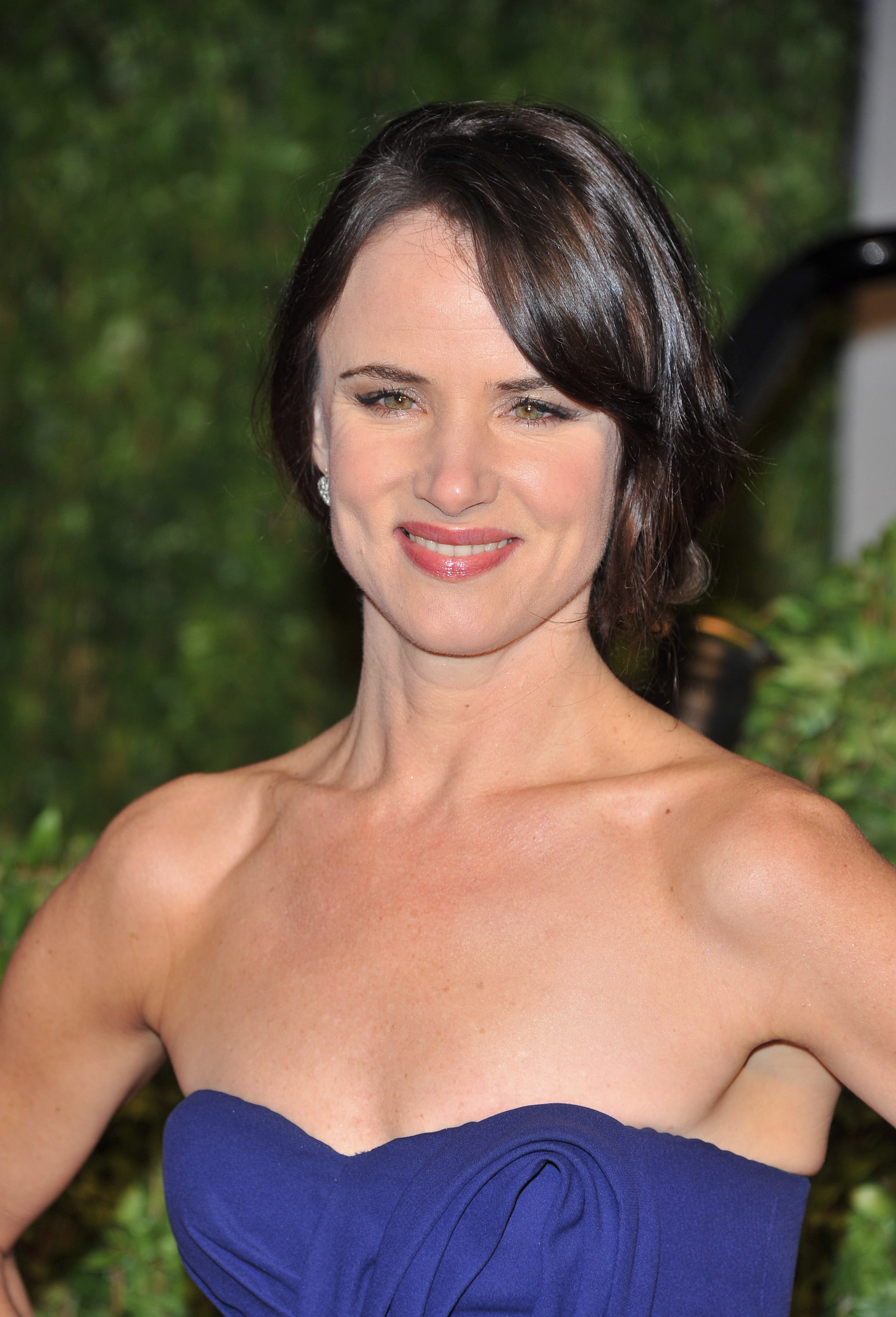 Juliette Lewis | Press Here | Talent