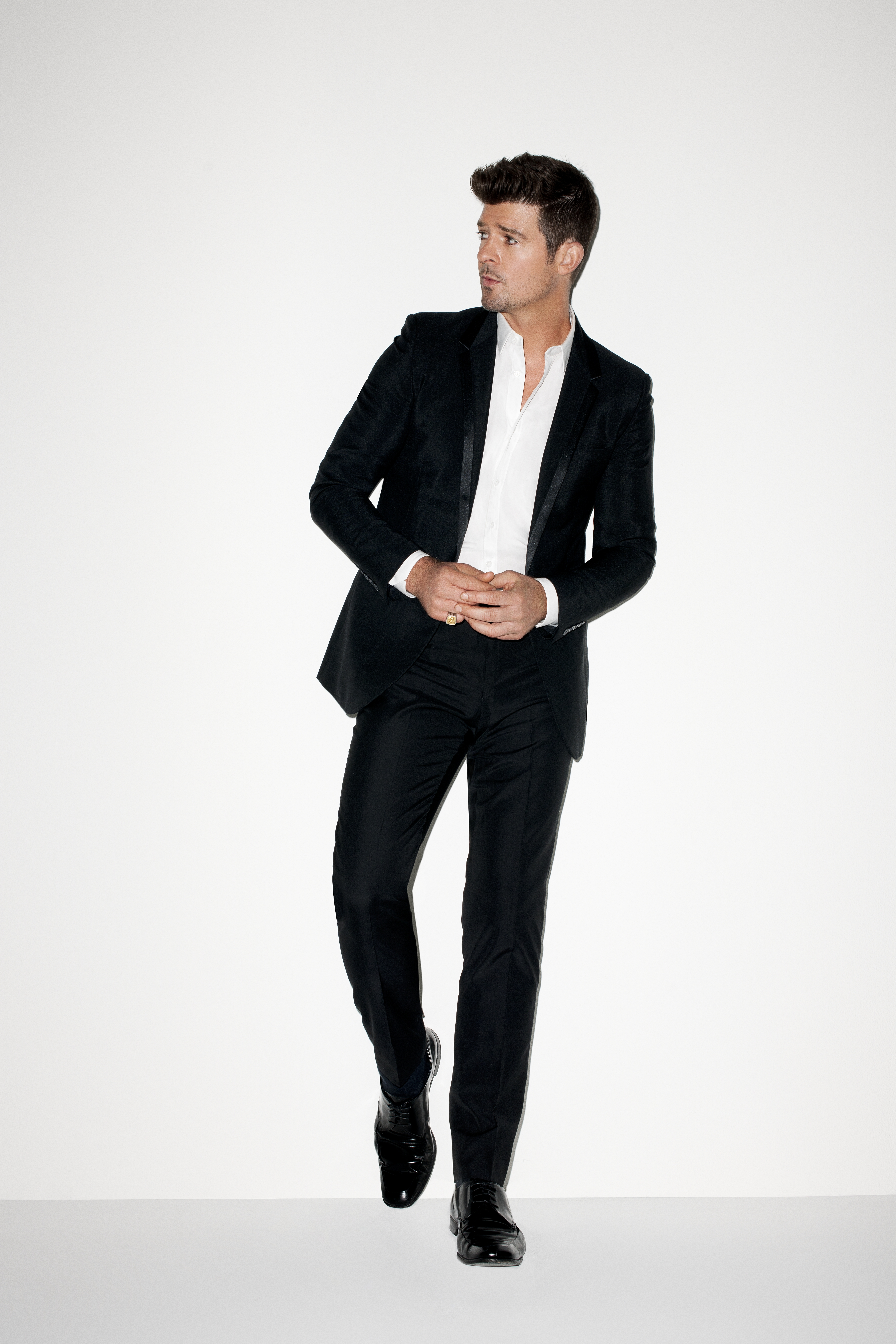 Robin thicke press here talent photos nvjuhfo Image collections